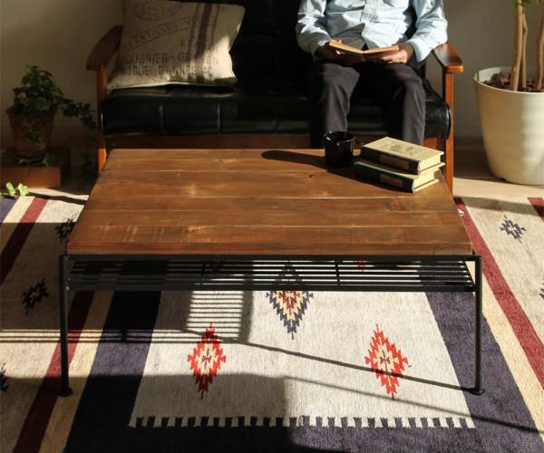 オールドファッションのリビングテーブルが空気感を作り出す【KeLTリビングテーブル】
