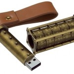 ダ・ヴィンチ・コードのあのデザインを模したヴィンテージ風USBメモリー