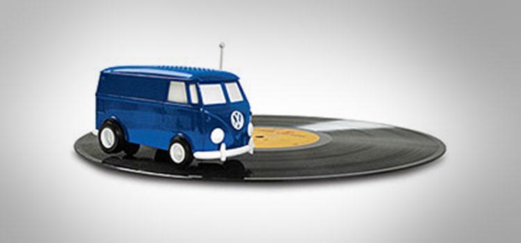 soundwagon-portable-record-playing-hippy-van-3
