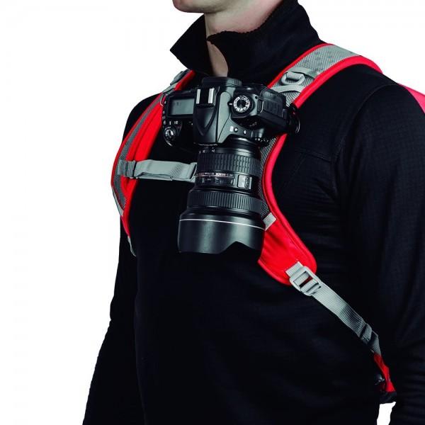 肩や腰に固定できてばっちりおしゃれ感強いカメラホルダー!【Capture PRO Camera Clip】