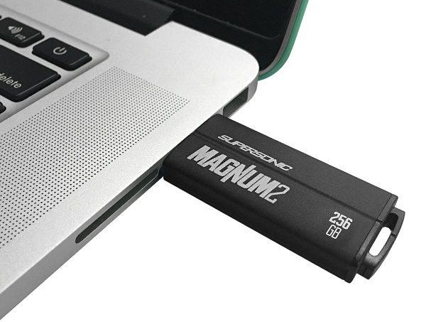 格安で手軽にフルバックアップできる大容量256GBのUSBメモリをご紹介【Patriot Memory USBメモリ 256GB】