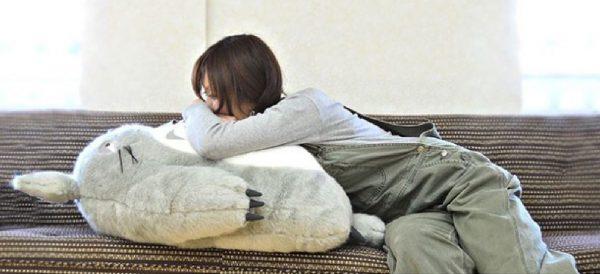 トトロのふわふわお腹で夢の中にふわっと飛んでみよう【となりのトトロお昼寝クッション】
